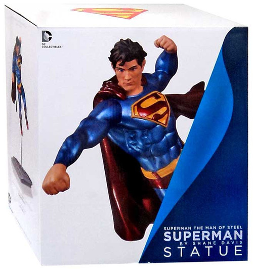 Superman 7.75-Inch Statue [The Man of Steel]