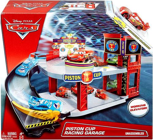 Disney / Pixar Cars Piston Cup Racing Garage Playset