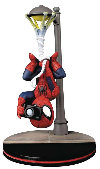 Marvel Q-Fig Spider-Man Statue