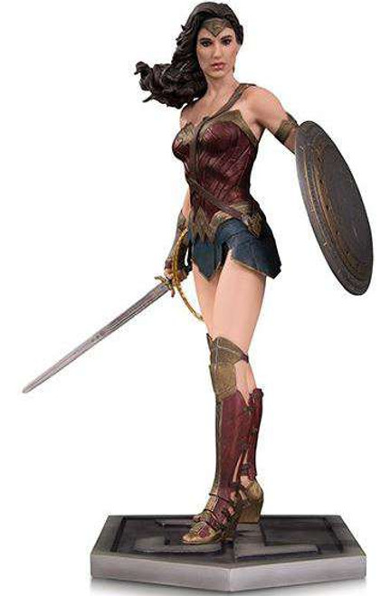 DC Justice League Wonder Woman Statue