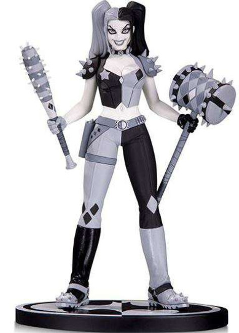 Batman Black & White Harley Quinn Statue [Amanda Conner]