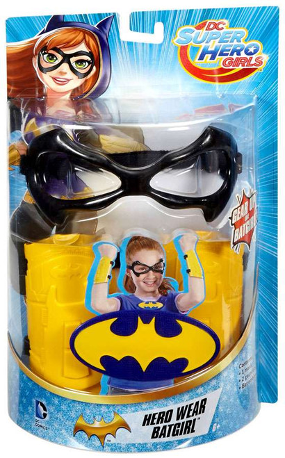 DC Super Hero Girls Hero Wear Batgirl Roleplay Toy