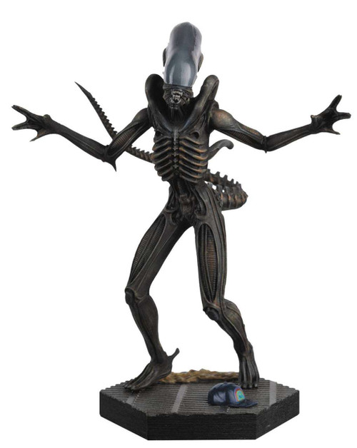 Alien vs. Predator Xenomorph Collectible Figure #1