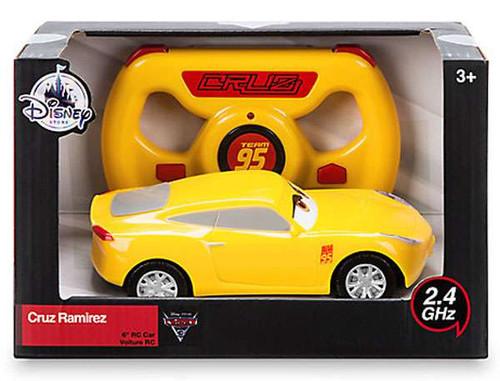 Disney / Pixar Cars Cars 3 Cruz Ramirez Exclusive R/C Vehicle