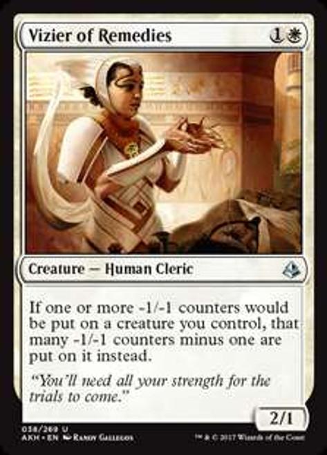 MtG Amonkhet Uncommon Vizier of Remedies #38