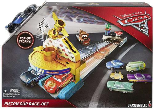 Disney / Pixar Cars Cars 3 Piston Cup Race-Off Playset [Jackson Storm!]