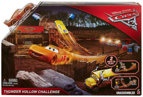 Disney / Pixar Cars Cars 3 Thunder Hollow Challenge Playset