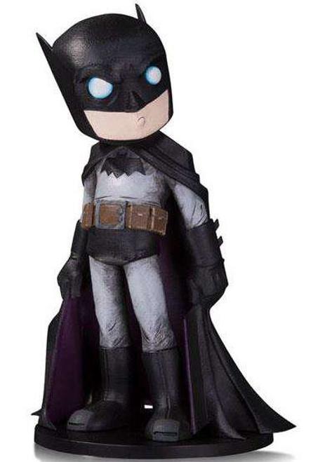 DC Artist Alley Batman 6.6-Inch PVC Collector Statue [Chris Uminga]