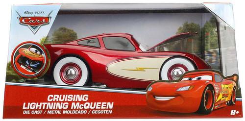 Disney / Pixar Cars Cars 3 Cruising Lightning McQueen Diecast Car