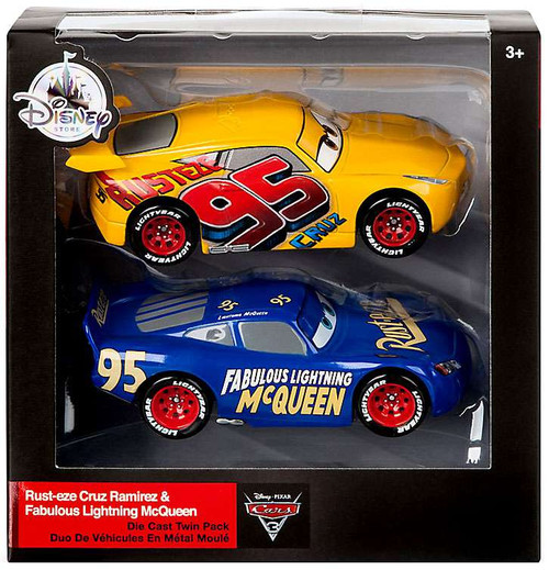 Disney / Pixar Cars Cars 3 Rust-Eze Cruz Ramirez & Fabulous Lightning McQueen Exclusive Diecast 2-Pack
