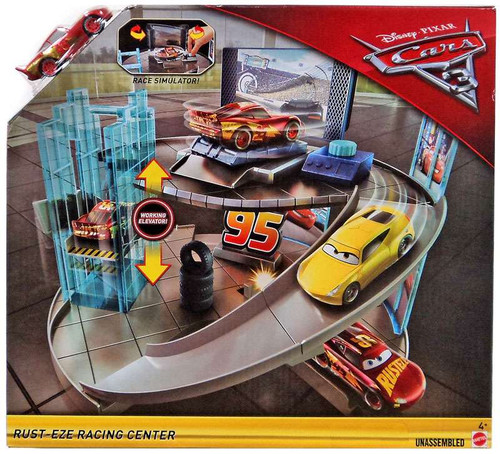 Disney / Pixar Cars Cars 3 Rust-Eze Racing Center Exclusive Playset