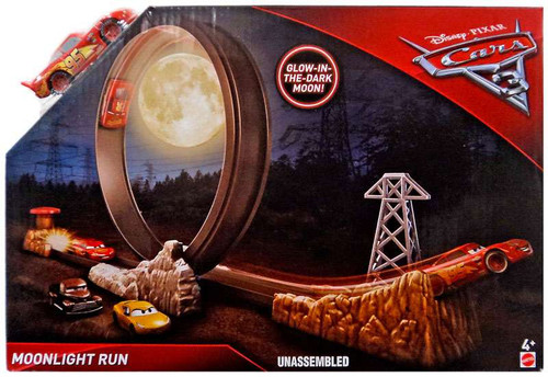 Disney / Pixar Cars Cars 3 Moonlight Run Playset [Glow In The Dark Moon]