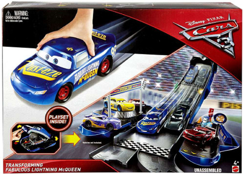 Disney / Pixar Cars Cars 3 Transforming Fabulous Lightning McQueen Playset