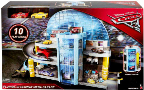 Disney / Pixar Cars Cars 3 Florida Speedway Mega Garage Playset