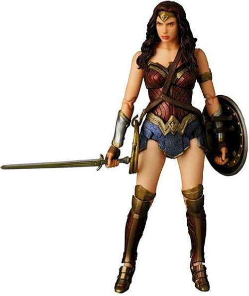 DC Batman v Superman: Dawn of Justice MAFEX Wonder Woman Exclusive Action Figure No.024 [Dawn of Justice, Damaged Package]