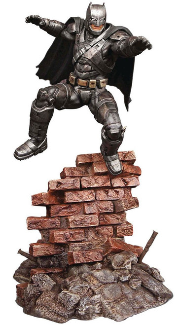 DC Batman v Superman: Dawn of Justice Armored Batman Resin Model Kit