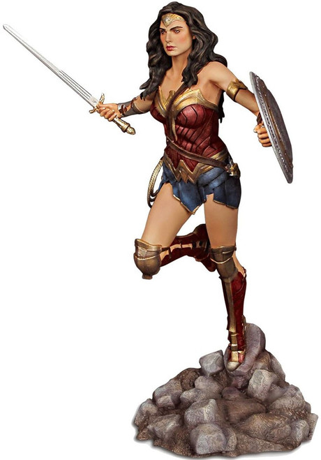 DC Batman v Superman: Dawn of Justice Wonder Woman Resin Model Kit