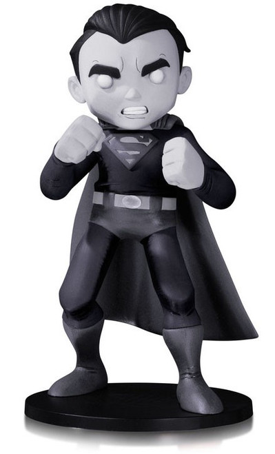 DC Artist Alley Superman 6.4-Inch PVC Collector Statue [Chris Uminga, Black & White Variant]