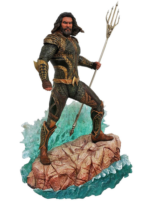 Justice League DC Gallery Aquaman 9-Inch PVC Figure Statue (Pre-Order ships November)