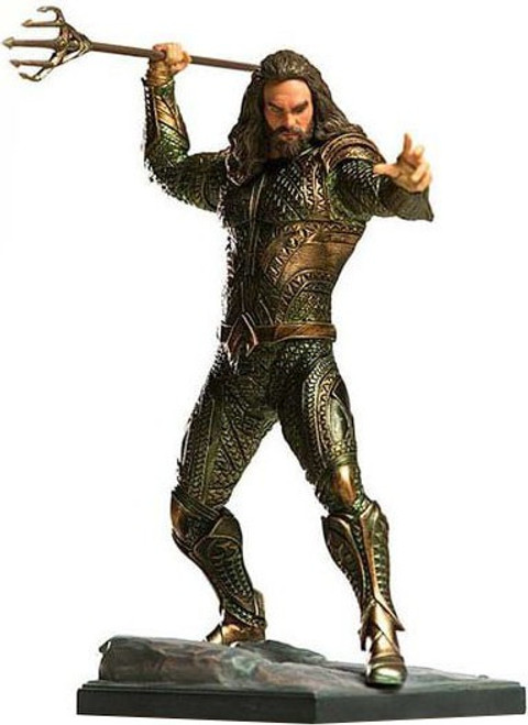 DC Justice League Aquaman 1:10 Statue