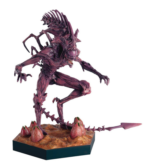 Aliens: Rogue Xenomorph King Collectible Figure #6