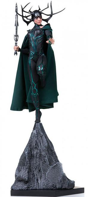 Marvel Thor: Ragnarok Hela Battle Diorama Statue