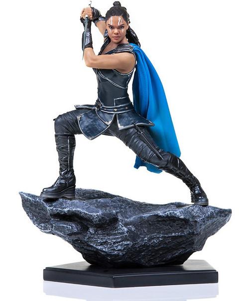 Marvel Thor: Ragnarok Valkyrie Battle Diorama Statue