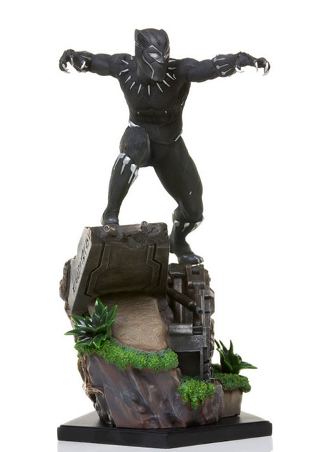 Marvel Black Panther Battle Diorama Statue