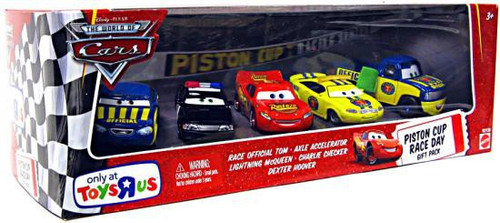Disney / Pixar Cars The World of Cars Multi-Packs Piston Cup Race Day Gift Pack Exclusive Diecast Car Set [Set #1, Damaged Package]