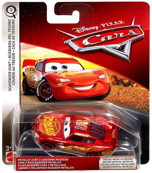 Disney / Pixar Cars Scavenger Hunt Metallic Cars 3 Lightning McQueen Diecast Car