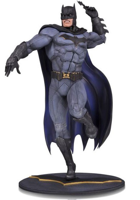 DC Core Batman 9-Inch Collectible PVC Statue