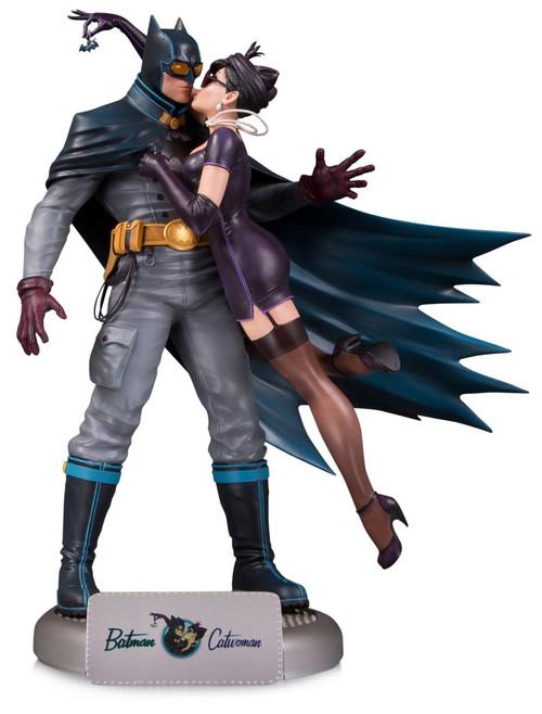 DC Bombshells Batman & Catwoman 11.75-Inch Deluxe Statue