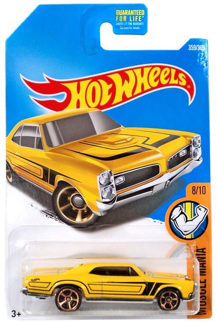 Hot Wheels Muscle Mania '67 Pontiac GTO Die-Cast Car DVC43 [8/10]