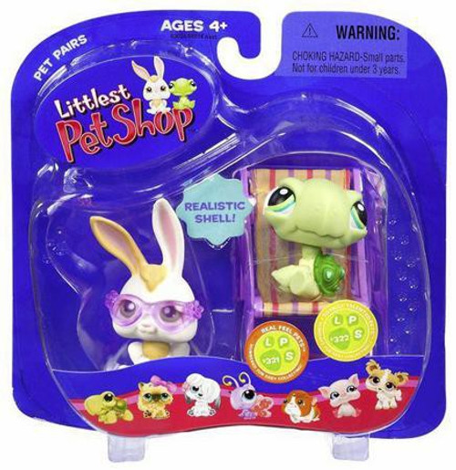 Littlest Pet Shop Pet Pairs Bunny & Baby Turtle Figure 2-Pack [Sunglasses & Beach Chair]
