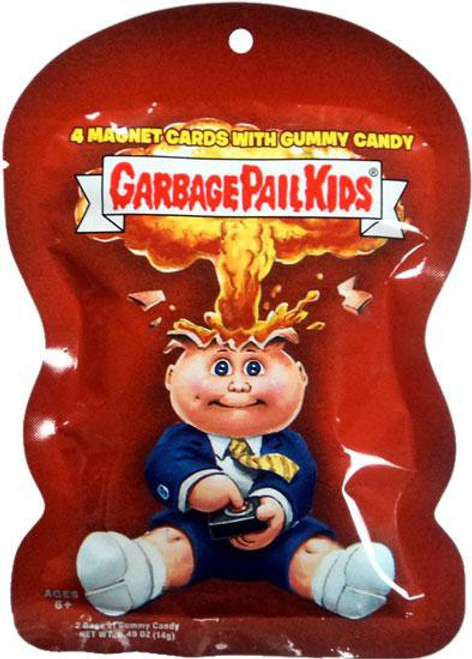 Garbage Pail Kids Topps 2012 Trading Card MAGNET Pack [4 Magnets & 1 Fruity Gummy Candy]
