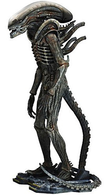 Movie Masterpiece Big Chap Alien Collectible Figure