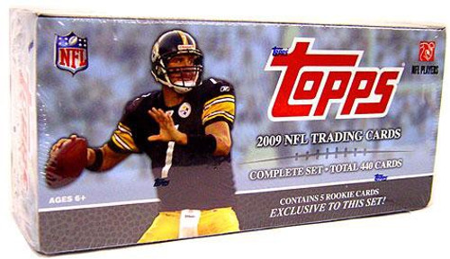 NFL 2009 Topps Football Cards Exclusive Complete Set
