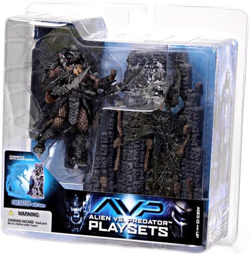 McFarlane Toys Alien vs Predator Alien vs. Predator Movie Playsets Scar Predator with Victim Action Figure Set