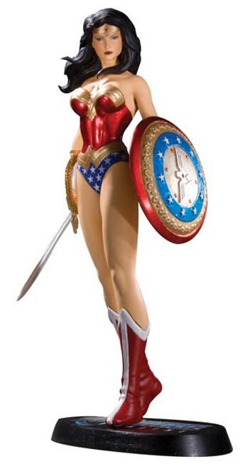 DC Universe Online Wonder Woman 7-Inch Statue