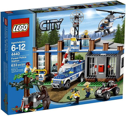 LEGO City Forest Police Station Set #4440