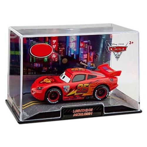 Disney / Pixar Cars Cars 2 1:43 Collectors Case Lightning McQueen Exclusive Diecast Car