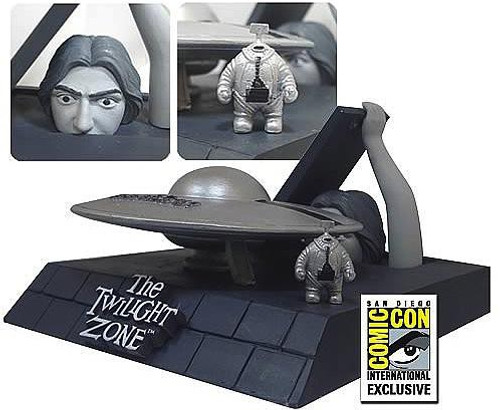 The Twilight Zone The Invaders Exclusive Diorama