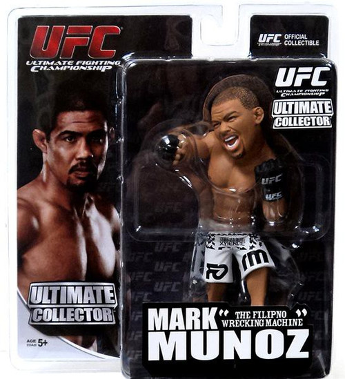 UFC Ultimate Collector Series 11 Mark Munoz Action Figure