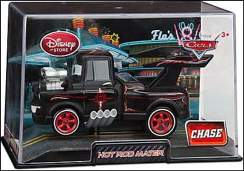 Disney / Pixar Cars 1:43 Collectors Case Hot Rod Mater Exclusive Diecast Car