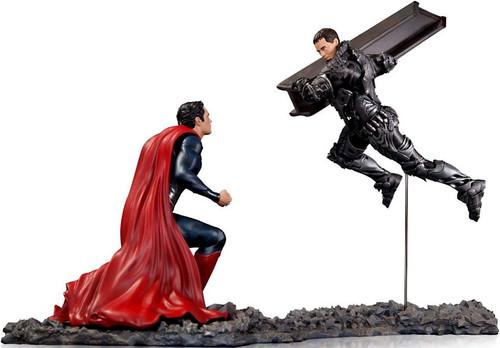 DC Man of Steel Superman vs Zod Statue