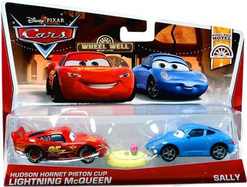 Disney / Pixar Cars Series 3 Hudson Hornet Piston Cup Lightning McQueen & Sally Diecast Car 2-Pack