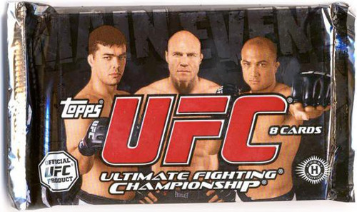 UFC Ultimate Fighting Championship 2010 Main Event Trading Card Pack