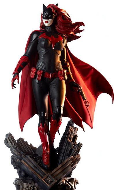 DC Batwoman 22-Inch Premium Format Figure