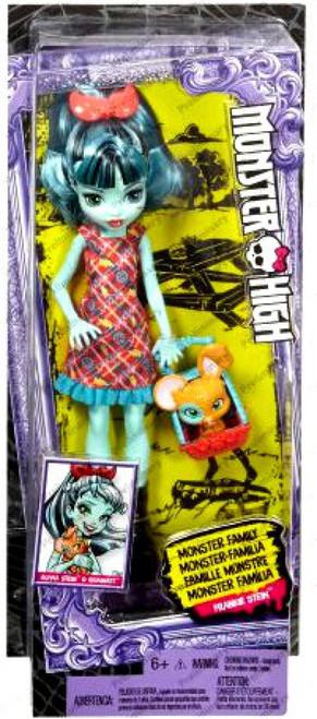Monster High Monster Family Alivia Stein & Gigawatt Doll Figure