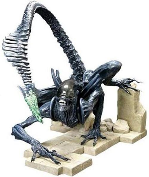 Alien vs Predator ArtFX Grid Alien 11.5-Inch Statue